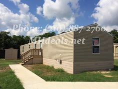 $44,900 (210)-887-2760 http://mhdeals.net/gallery/singlewide-trailers/New-Braunfels-TX-78130-2012CLM32 An Excellent Condition 3 bed 2 bath singlewide mobile home. 1,216 square feet (16 x 76). Centrally located and in a great community. This home is perfect for first time home buyers. The home has a beautiful garden tub and separate shower in master bath... LIC 36155 #madeinamerica #home #newbraunfels