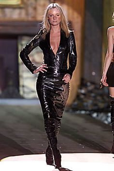Roberto Cavalli Fall 2001 Ready-to-Wear Fashion Show - Amy Wesson, Roberto Cavalli