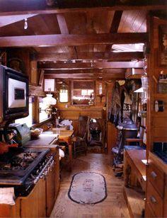 Look at These Adorable Tiny Homes on Wheels Called 'Housetrucks' - Atlas Obscura Tiny House Living, Rv Living, Living Room, Gypsy Trailer, Caravan Decor, Gypsy Caravan Interiors, Caravan Renovation, Bus House, Gypsy Wagon