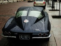 "Chevrolet Corvette C2 ""Sting Ray"" on Saint Petersburg streets. November 2010"