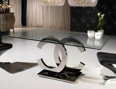 Chanel table 'The best things in life are free, the second best are very expensive'Coco Chanel https://www.facebook.com/housepervuk/