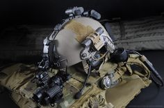 Airsoft hub is a social network that connects people with a passion for airsoft. Talk about the latest airsoft guns, tactical gear or simply share with others on this network Tactical Helmet, Airsoft Helmet, Airsoft Guns, Plate Carrier, Military Gear, Military Equipment, Fast Helmet, Armor All, Body Armor