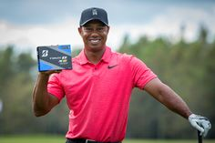Golf Ball Crafts Tiger Woods poses with his Bridgestone golf ball of choice. The Bridgestone Tour B XS golf ball. Exercise Tubing, Golf Ball Crafts, Human Ashes, Used Golf Clubs, Woods Golf, Perfect Golf, Hole In One, Golf Gifts, Tiger Woods