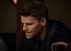 here it is.. the beginning of the slide  @David_Boreanaz doesn't need to say a word.. that's how good he is.  #Bones