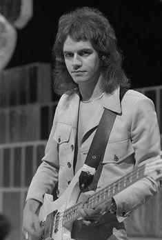 Slade@Jim Lea - TOTP #70s Slade Band, Noddy Holder, Rickenbacker Bass, British Rock, Random Stuff, Musica