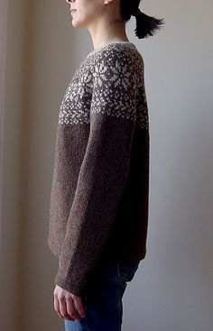 Ravelry: Norwegian Woods Sweater pattern by Katrine Hammer - free pattern… Knitting Charts, Knitting Patterns Free, Knit Patterns, Free Knitting, Free Pattern, Henna Patterns, Wood Patterns, Norwegian Knitting, Norwegian Wood