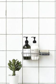 Image of Meraki hand soap - sesame scrub Bathroom Colors, Bathroom Sets, Modern Bathroom, Interior Design Studio, Home Design, Bathroom Inspiration, Interior Inspiration, Pretty Things, Scandinavian Bathroom