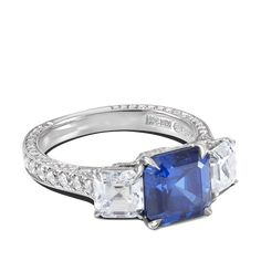 ring-tresor-platinum-three-stone-diamonds-sapphires-steven-kirsch-1.png