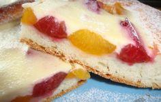 Švestkovo - meruňkový koláč s kysanou smetanou Thing 1, Cheesecake, Desserts, Food, Tailgate Desserts, Deserts, Cheesecakes, Essen, Postres