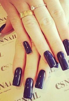 Square dark blue nails