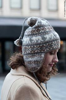 Ravelry: Polar Chullo pattern by Mary Ann Stephens Crochet Santa Hat, Knit Crochet, Crochet Hats, Fair Isle Knitting Patterns, Fair Isle Pattern, Hat Patterns, Knit Mittens, Knitted Hats, Knitting Projects