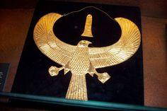 Gold collier of Tutankhamon