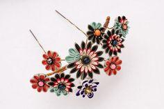 つまみ細工「愛姫(Megohime)」 This is a Japanese traditional crafts that use the silk, is…