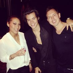 Harry Styles with Freinds