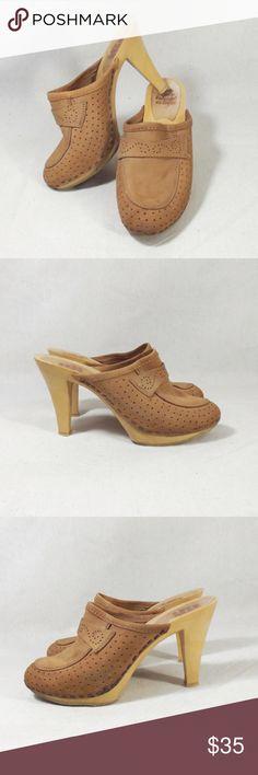 09e8c43d8afc0 17 Best leather clogs images in 2019 | Clogs, Leather clogs, Shoe boots