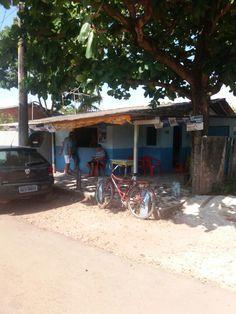 Bar do seu CLÓVIS, localizado na Av. Ernesto Pereira Colares 1799, Bairro Novo Buritizal Macapa-AP. lugar bom para tomar uma cerveja bem gelada e  conversar com os amigos.
