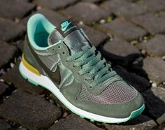caa865dd4b29 Fans of the Swoosh s vintage running movement will undoubtedly be familiar  with the Nike Internationalist