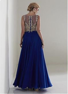 Gorgeous Tulle & Chiffon Jewel Neckline A-Line Mother Of The Bride Dresses With Lace Appliques