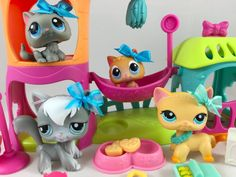 Littlest Pet Shop RARE Meow Manor w/4 Cats Kittens RARE #339 w/Accessories #Hasbro
