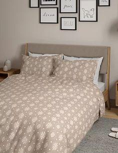 Cotton Mix Leaf Geometric Bedding Set | M&S Neutral Colors, Colours, M And S Home, Geometric Bedding, Duvet Sets, Garden Furniture, Pattern Fabric, Comforters