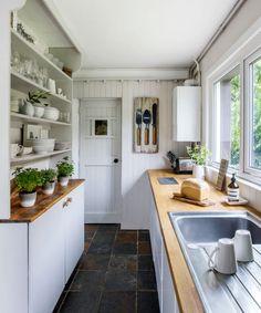 Take a tour around this country home in Surrey house tour Small Galley Kitchens, Galley Kitchen Design, Small Kitchen Layouts, Small Kitchen Storage, Kitchen Images, Kitchen Ideas, Cabin Kitchens, Compact Kitchen, Kitchen Decor