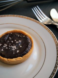Salted Caramel Chocolate Tart  {tried at Whisk N Ladle and it was amazing}
