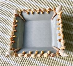 Shelled dressing table dish