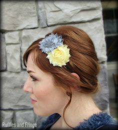 grey and yellow hair accessory