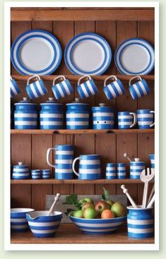 cornish ware - T.Green & Co. first produced Cornishware in the The distinctive blue and white banded pottery owes its name to an employee who said it reminded them of the blue sky and white-crested waves of Cornwall. Blue And White China, Blue China, Cornish Cottage, Cornishware, Kitchenware, Tableware, Blue Pottery, Ideas Hogar, Kitchen Items