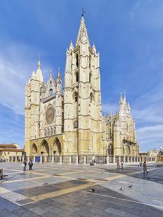 Photo Catedral de León by Yaroslav Romanenko on 500px
