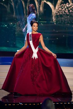 Miss Universe Evening Gown RUSSIA YULIA APILOVA