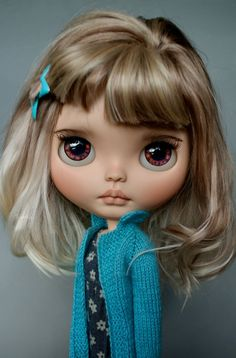 Explore Suedolls*'s photos on Flickr. Suedolls* has uploaded 377 photos to Flickr. Pretty Dolls, Beautiful Dolls, Ooak Dolls, Blythe Dolls, Valley Of The Dolls, Doll Repaint, Little Doll, Custom Dolls, Ball Jointed Dolls