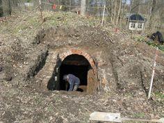 In Sweden people are re-opening the old Root cellars (or potato cellar = Potatiskällar). Jordkällarrenoveringen påbörjad, Fagersta - Västanfors hembygdsgård
