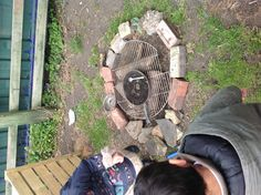 Campfire pit to go with the mud kitchen in the nature area. Outdoor Learning Spaces, Preschool Garden, Nursery Activities, Mud Kitchen, Outdoor Classroom, Backyard Playground, Neutral, Outdoor Activities, Eyfs Activities