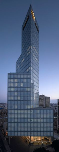 First International Bank Tower | Tel Aviv, Israel | Pei Cobb Freed & Partners | photo by Amit Geron
