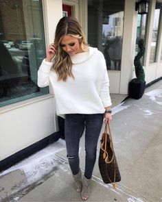 "1,042 Likes, 39 Comments - Amanda  (@almost_readyblog) on Instagram: ""Crushing pretty hard on this new tunic and bootie combo today  Also, these are a pair of jeans…"""