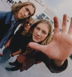 31 Deeply Unsolvable Mysteries About '90s Hanson