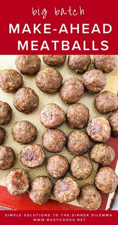 Be sure to bookmark this amazing beef meatball recipe, because these made-ahead . - Be sure to bookmark this amazing beef meatball recipe, because these made-ahead meatballs will save - Meat Recipes, Snack Recipes, Cooking Recipes, Beef Meatball Recipe, Healthy Beef Meatballs, Freeze Meatballs, Homemade Meatballs Crockpot, Jelly Meatballs, Deserts