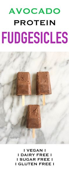 Healthy Avocado Protein Fudgesicles that are gluten free, dairy free, vegan and sugar free. Paleo Dessert, Gluten Free Desserts, Low Carb Desserts, Vegan Desserts, Vegan Recipes, Thermomix Desserts, Kid Recipes, Avocado Recipes, Diabetic Recipes
