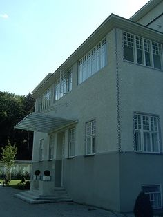 Purkersdorf Sanatorium - Hoffmann (Wien) Otto Wagner, Vienna Secession, Trieste, Gustav Klimt, Contemporary Architecture, Social Studies, Buildings, History, Outdoor Decor