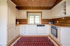 FINN – Kvitfjell Vest - Fin laftet hytte over 1 plan m/ 3 soverom og hems.