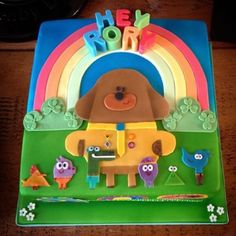 Hey Duggee cake I made this week for a gorgeous little guy. First time using an airbrush and I've fa - sams_cake_journey Toddler Birthday Cakes, 4th Birthday Cakes, Kids Birthday Party Invitations, 2nd Birthday Parties, Birthday Ideas, Emoji Cake, Harry Birthday, Cakes For Boys, Savoury Cake