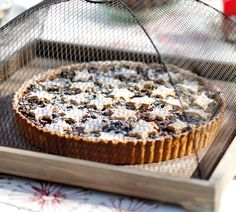 Festive Fruit Mince Tart - for the recipe see http://www.annabel-langbein.com/recipes/festive-fruit-mince-tart/409/