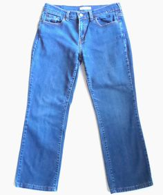 Levis 505 Jeans Misses Size 6 Medium Wash Boot Cut 29W x 26L Have Been Altered #Levis #BootCut