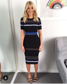 Holly Willoughby is wanting slimmer than ever because of a body transformation that has been occurring in entrance of This Morning viewers' eyes. Holly Willoughby Outfits, Holly Willoughby Style, Work Fashion, Fashion Outfits, Formal Fashion, Women's Fashion, Fashion Trends, Smart Outfit, Professional Outfits