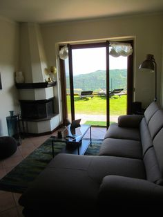 Lounge with direct access into the Amiro Garden