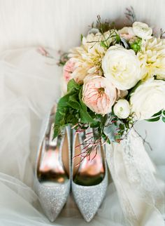 #rose, #pink  Photography: Lindsay Madden Photography - lindsaymaddenphotography.com Floral Design: Rebecca Shepherd Floral Design - rebeccashepherdfloraldesign.com