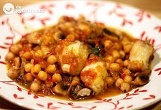 Garbanzos con rape y setas Chefs, Legumes Recipe, Chickpea Stew, Spanish Cuisine, Mushroom Recipes, Fish And Seafood, Chana Masala, Fish Recipes, Cooking Time