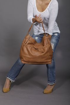 Slouchy leather purse/ brown leather bag/ cross body by Laroll, €220.00