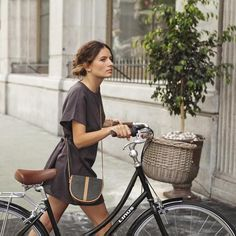 A Linus Dutchi is a beautiful bike for stylish cyclists